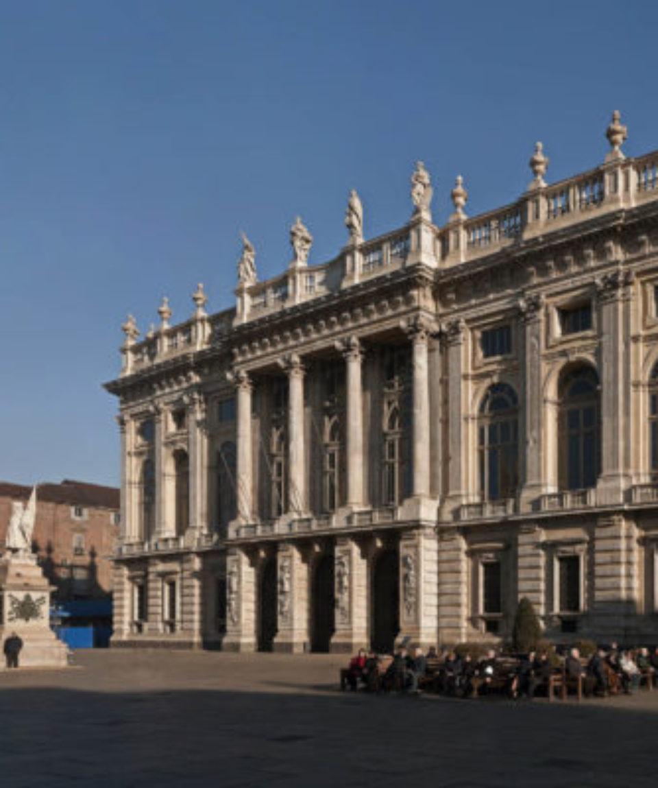 Palazzo-Madama-Torino-piazza-Castello-Ph.-Mariano-Dallago-640x400